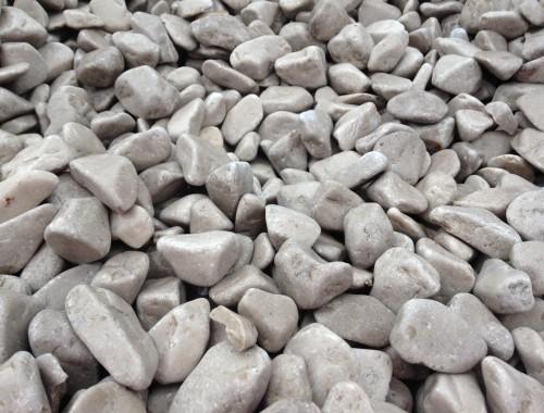 Cathedral Grey pebbles