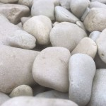 Cotswold medium pebbles
